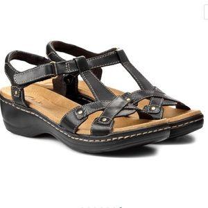 Clarks Hayla Flute Black Leather Sandal Size 7.5